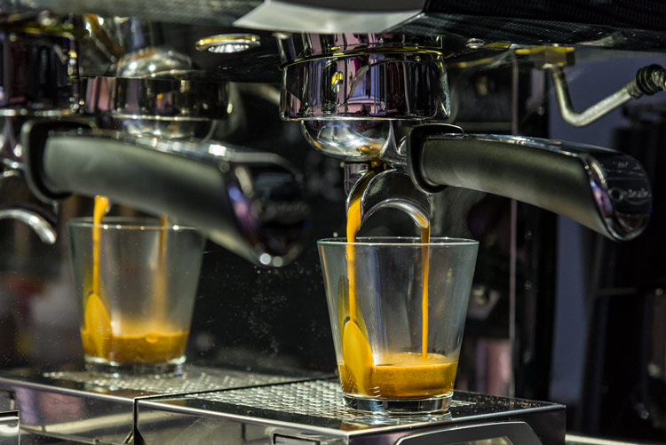 yvonne, hirsch, yvonne hirsch, coffee to go, kaffe på farten, kaffe, coffee, mobile coffee trailer, egedal, egedal station, egedal st,